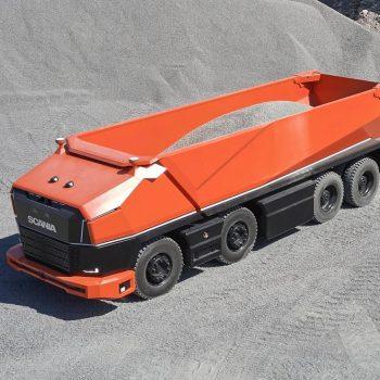 نگاهی به کامیون مفهومی و خودران اسکانیا AXL